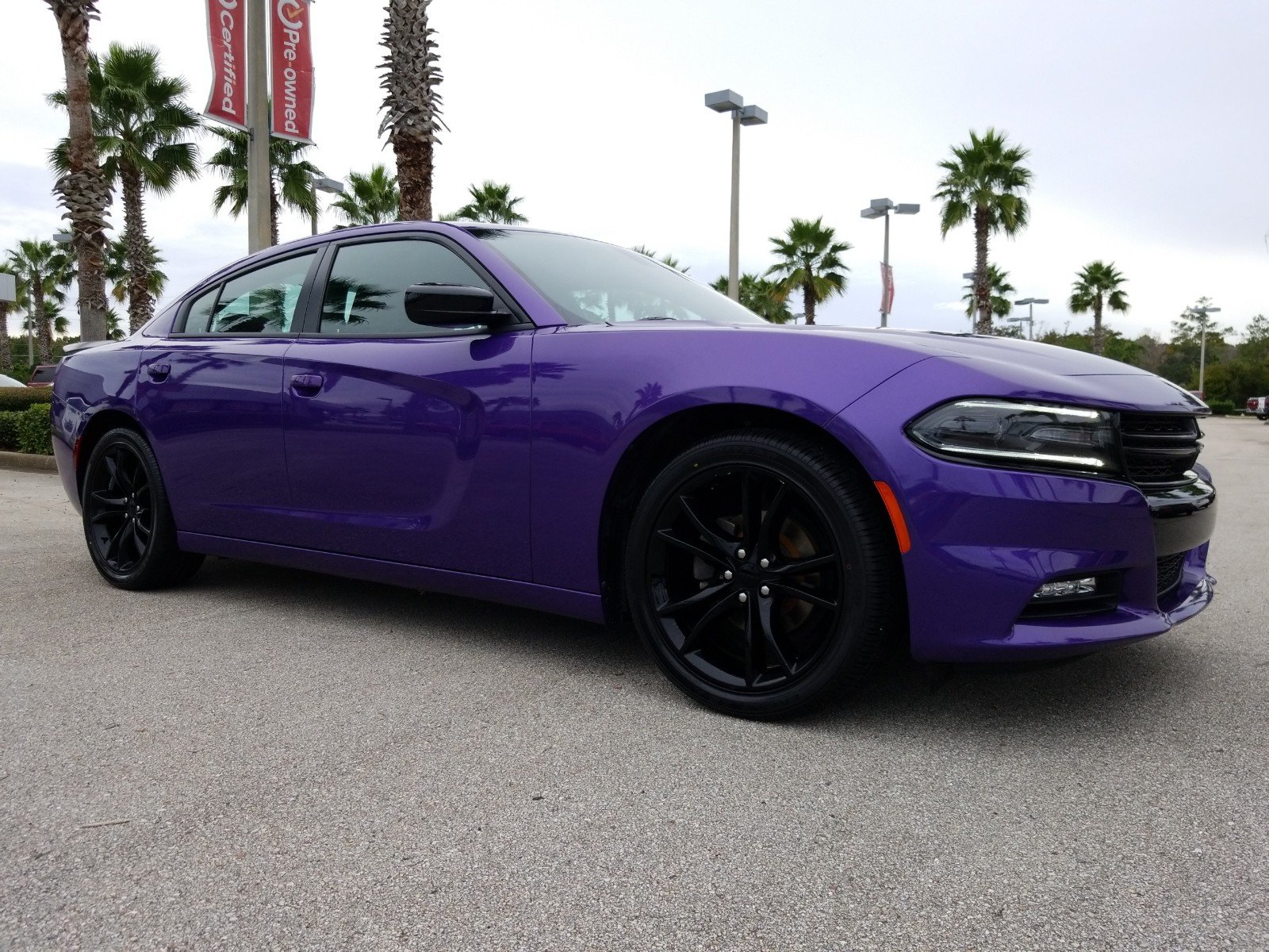 Certified Pre Owned 2016 Dodge Charger SXT 4dr Car in Daytona Beach