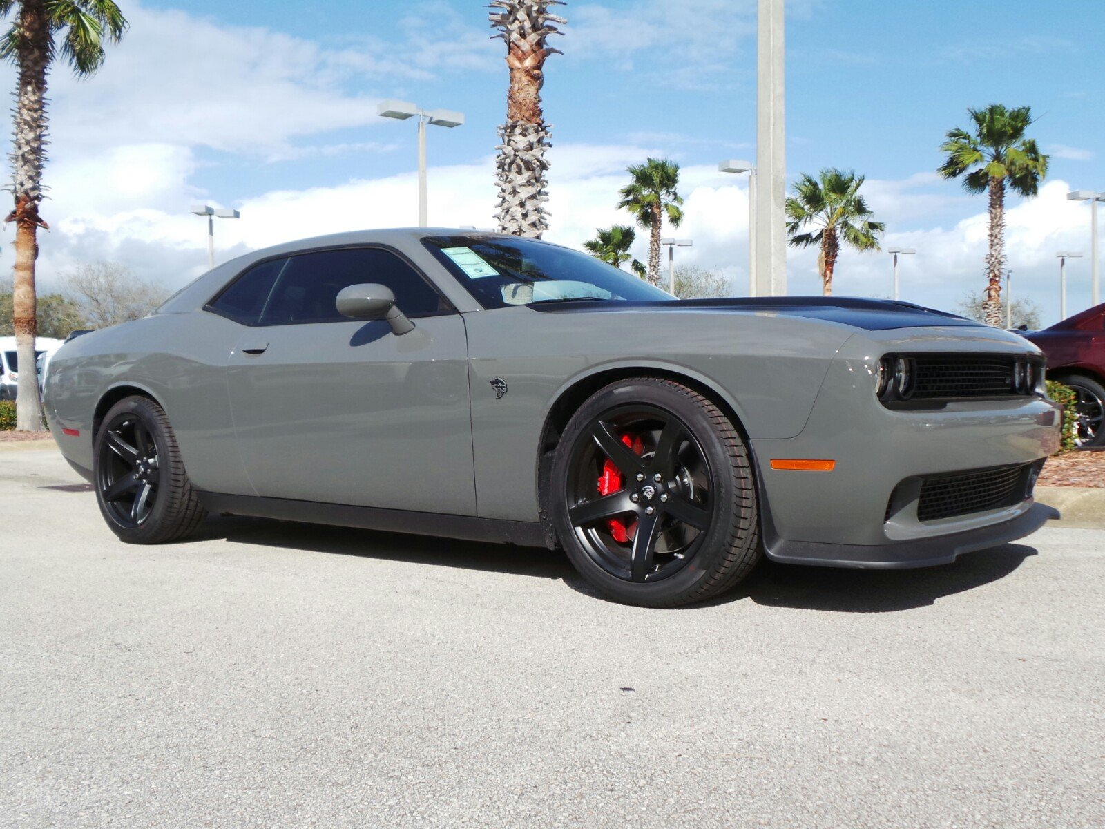 new 2017 dodge challenger srt hellcat coupe in daytona beach d17179 daytona dodge chrysler. Black Bedroom Furniture Sets. Home Design Ideas