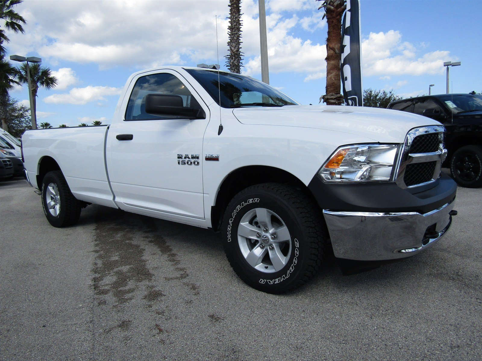 new 2017 ram 1500 tradesman regular cab in daytona beach r17287 daytona dodge chrysler jeep. Black Bedroom Furniture Sets. Home Design Ideas