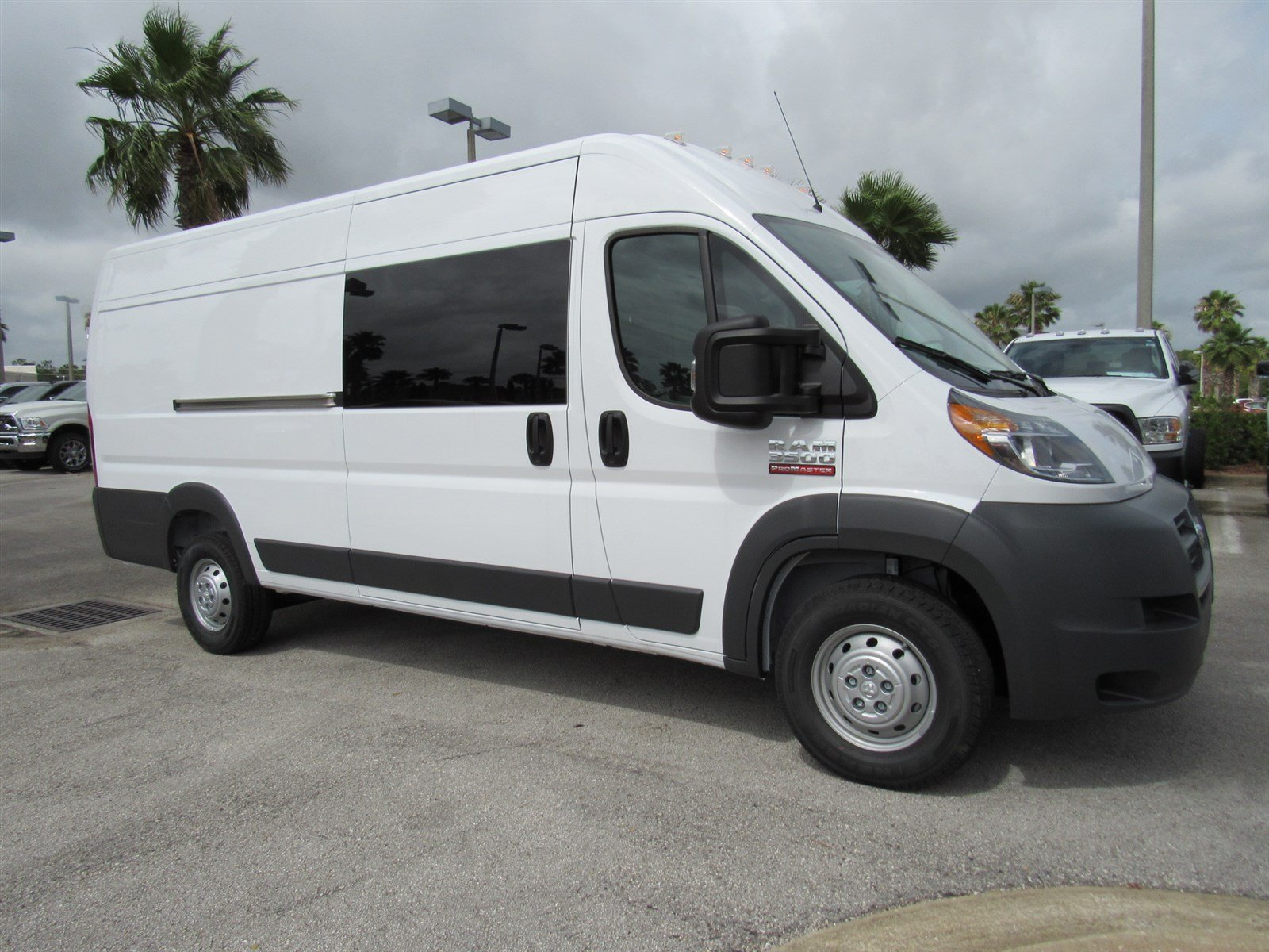 new 2017 ram promaster cargo van extended cargo van in daytona beach r17216 daytona dodge. Black Bedroom Furniture Sets. Home Design Ideas
