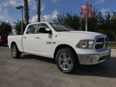 NEW 2018 RAM 1500 LONE STAR SILVER CREW CAB 4X2 6'4 BOX