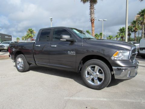 NEW 2017 RAM 1500 BIG HORN QUAD CAB 4X4 6'4 BOX