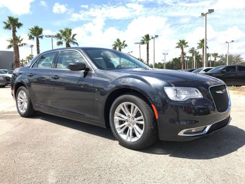 2018 Chrysler 300 Touring L Sedan