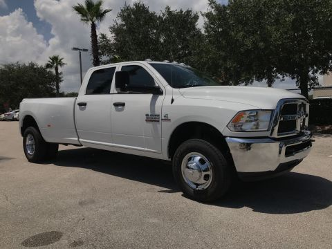 NEW 2017 RAM 3500 TRADESMAN CREW CAB 4X4 8' BOX
