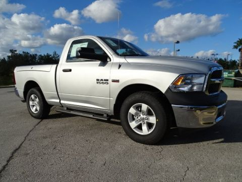 NEW 2018 RAM 1500 TRADESMAN REGULAR CAB 4X2 6'4 BOX